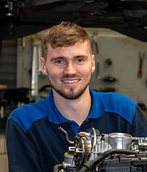 Autotechnisch specialist Gijs de Jong