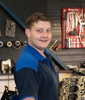 Automonteur Jeroen Oosterom